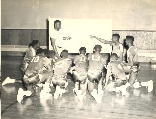 Carver-hill-basketball_2