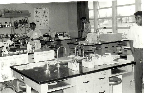 Science-Classroom-1960_1